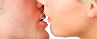Five Tips To Become a French Kissing Expert
